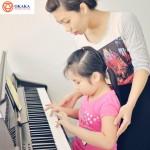 Mẹ học đàn organ với bé, tại sao không chứ?