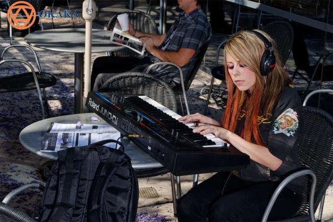 Vậy điều gì làm nên đẳng cấp của thương hiệu organ Roland, khiến giới nhạc công không ngần ngại mở ví mua đàn organ Roland?