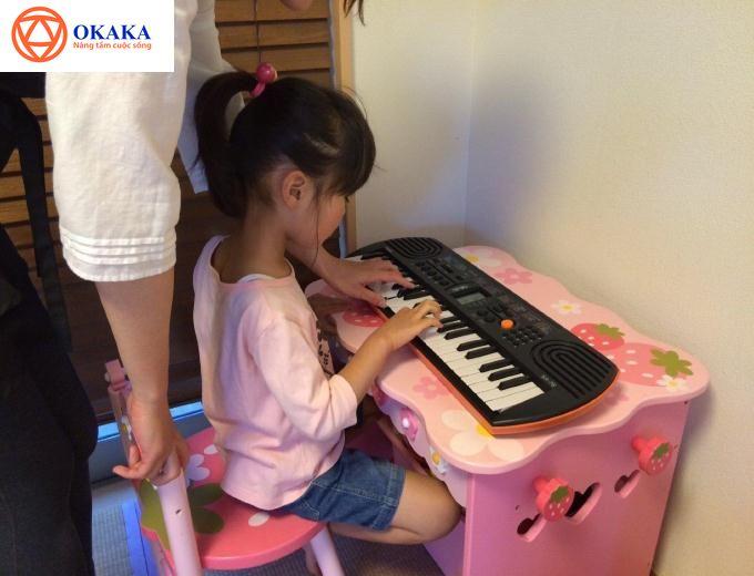 OKAKA mời bạn đón đọc bài review đàn organ cho bé Casio SA-76 của một ông bố yêu âm nhạc và dĩ nhiên là hết lòng yêu thương con sau đây nhé!